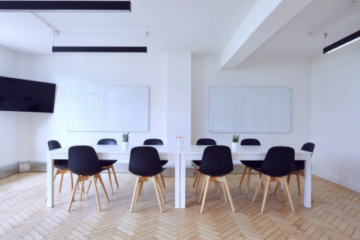 Cum se alege în mod corect o tablă magnetică pentru birou?