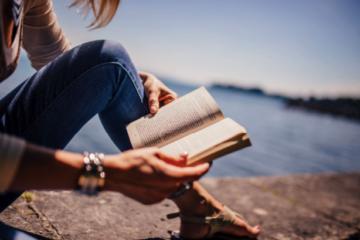 4 motive pentru a citi cărți de dezvoltare personală